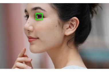 Fiez-vous au suivi permanent du sujet avec les technologies Real-time Tracking et Real-time Eye AF de Sony